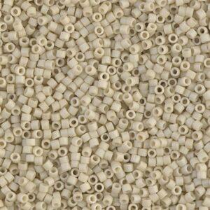 Delica Beads von Miyuki DB0388 matte opaque bone luster 5g
