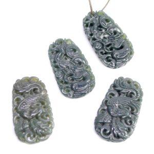 Jade Anhänger mit Muster Grün Ø 27x20mm