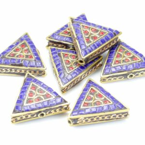 Tibetische Perle Dreieck 28x31x9 mm blau