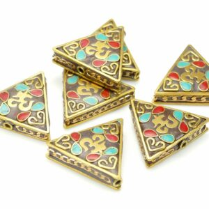 Tibetische Perle Dreieck 28x31x9 mm braun