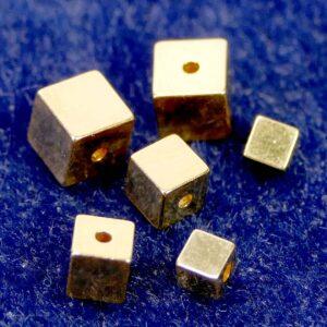 Würfel 925 Silber *vergoldet* Ø 3 – 5 mm