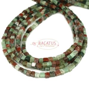 Fancy Jaspis Würfel 4 x 4 mm, 1 Strang