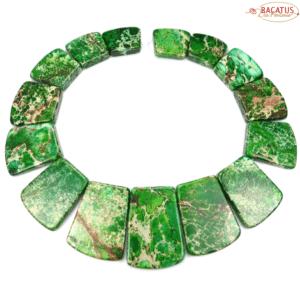 Impression Jaspis Collier dunkelgrün 18×20 – 25×40 mm, 1 Strang