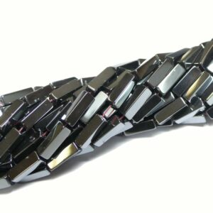 Cuboide di ematite, selezione del colore 4 x 13 mm, 1 filo