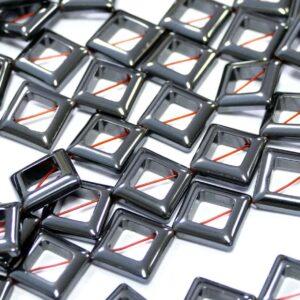 Ematite quadrati antracite 13 mm, 1 filo 1