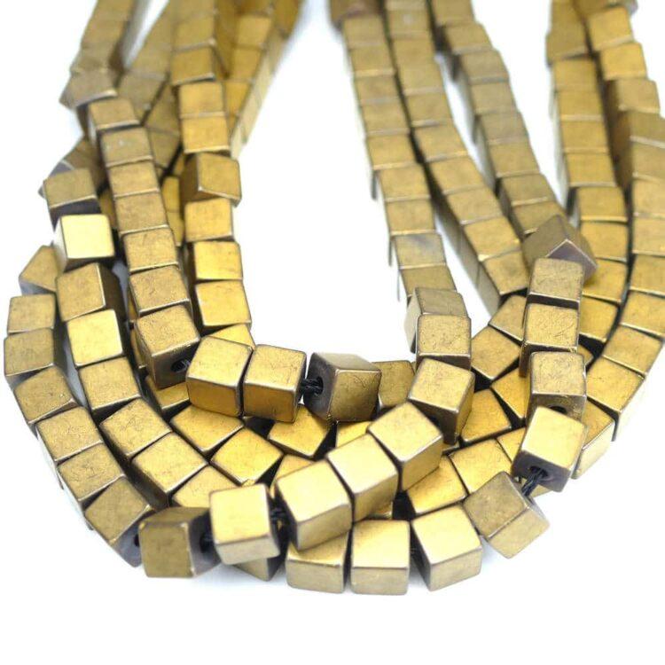 hematite-cube-matt-gold
