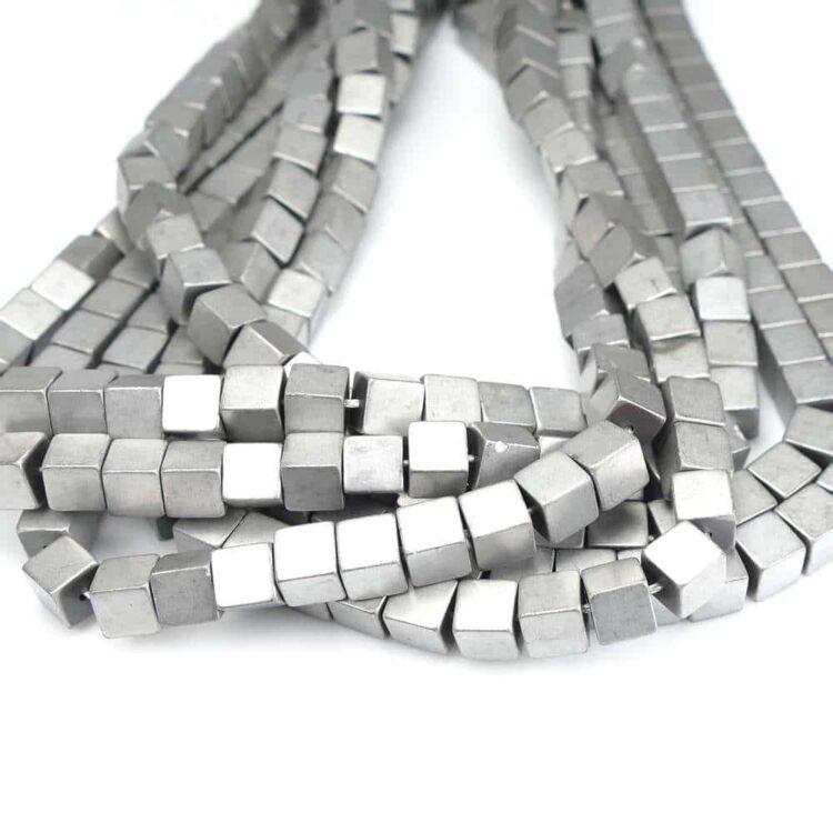 hematite-cube-matt-silver