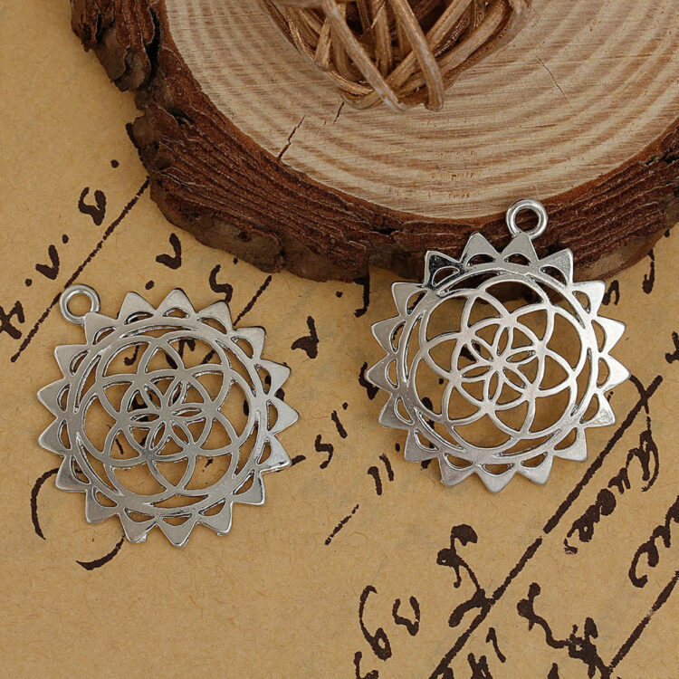 Metal pendant flower of life 33x39 si