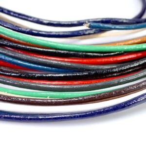 (€ 0.60-1.50 / m) Cowhide leather cord 2 mm