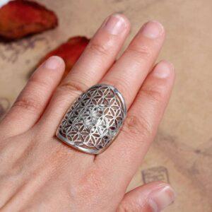 Einstellbarer Ring Lebensblume 35x22mm silber