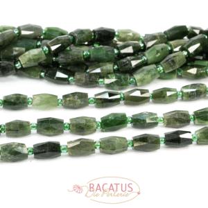 Nephrit-Jade facettierte Oliven 10×14 mm, 1 Strang