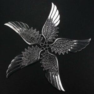 Pendente in metallo piumaggio ala 57×22 mm