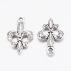 Pendentif métal perle «Fleur de Lis» 24×14 mm métal, or ou argent