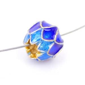 Perle métal fleur de lotus émail cloisonné 9 mm or bleu