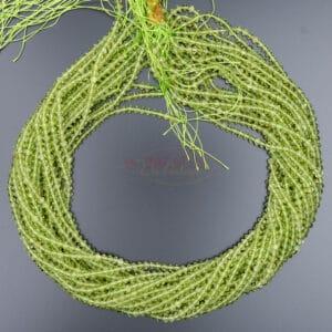 Peridot Bicono verde sfaccettato ca 4x4mm, 1 capo
